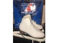 White ice skates size 2