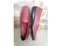d89d2bf72c215 Hotter - Retro Ladies Shoe Leather Slip on (Red) UK 7.5