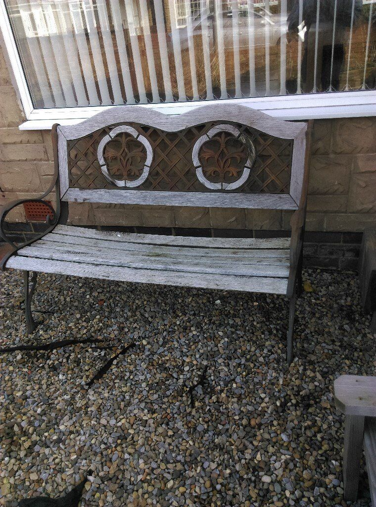 4 PIECE CAST IRON GARDEN SEATING SET