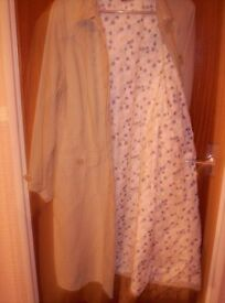 NEW MONSOON DUSTER COAT WITH BLUE FLORAL DASIY LINING SIZE 16