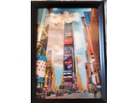 FREE - 3 x Holographic 3-D Type Framed Pictures [New York, Statue of Liberty, London Eye]