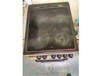 Zanussi Electric cooker with 4 Hobs and Integrated Grill