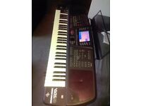 General Music WK4 Powerstation Keyboard with accessories