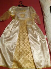 BNWT angel dress age 7-8