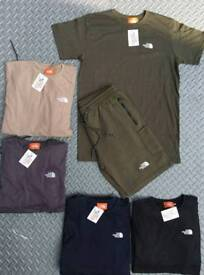 The North face Shorts T shirt sets