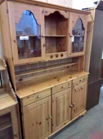 Pine welsh dresser. Del available