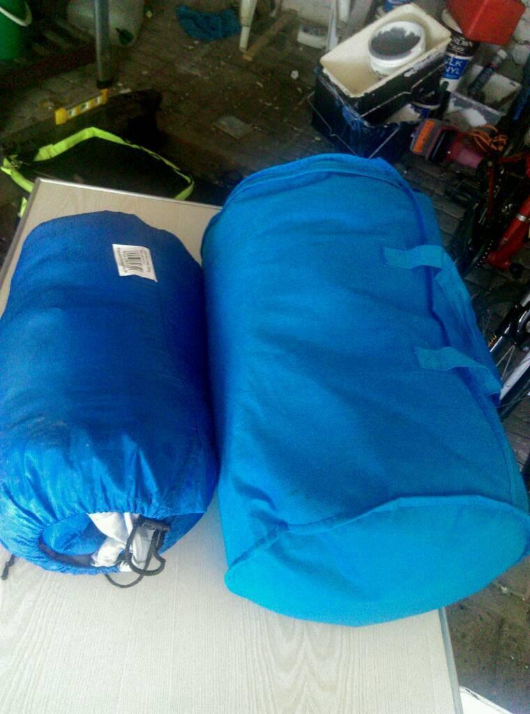 Two Sleeping Bags Huddersfield West Yorkshire 10 00 Https I Ebayimg S Mtaynfg3nja
