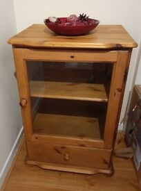 LARGE PINE CABINET HIFI GLASS DOOR DRAWER - IMMACULATE