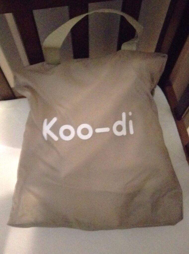 Koo-di Pop Up Sun and Sleep Travel Bassinet
