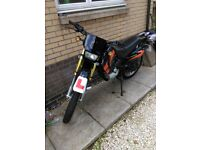 Sukida croser 125cc *full years mot*