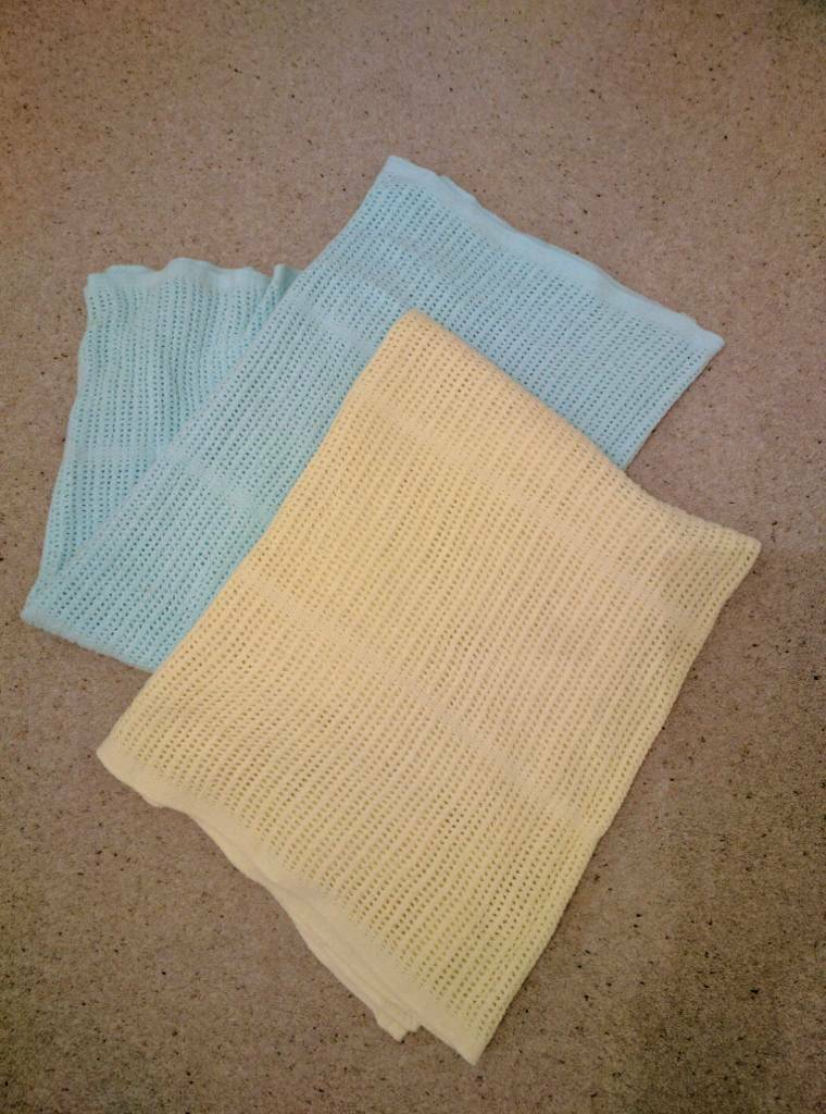 Cotton cellular waffle blanketin Chester Le Street, County DurhamGumtree - £10 for two. Mothercare cotton cellular blankets. Washable. Tumble dry. Lightweight but warm. Each 140cm x 100cm