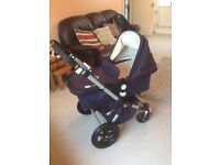 Bugaboo Cameleon 3 Classic Navy blue with cream microfleece quilted interior. IMMACULATE CONDITION