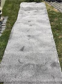 280 x 78cm piece of Grey/silver carpet