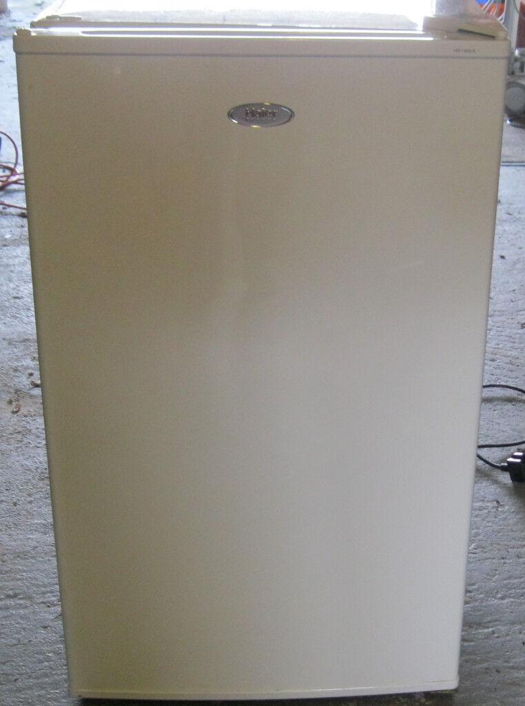 White frdige (Haier 135A)