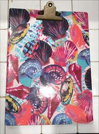 Shell themed clipboard folder