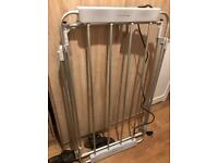 Electric folding clothes dryer