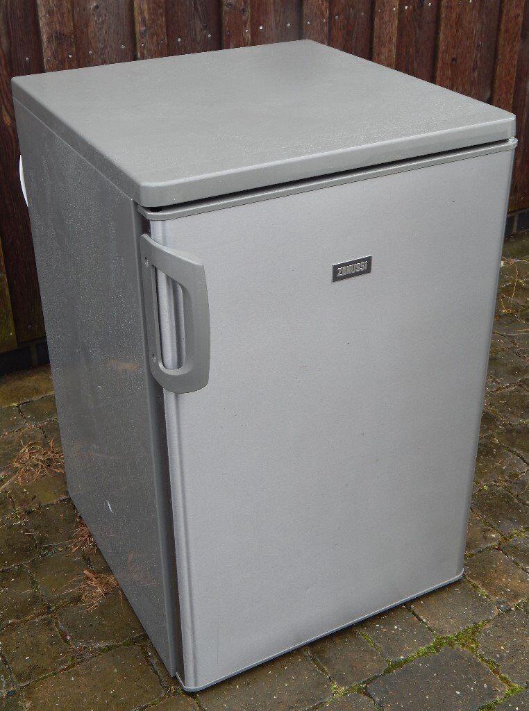 Zanussi stainless steel undercounter fridge (RRP £200+)