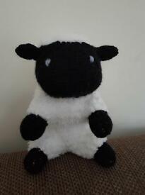 Knitted woolly sheep