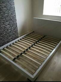 Double bed high gloss white
