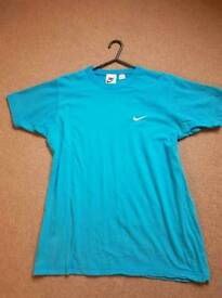 Nike kids small t-shirt for sale