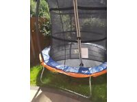 8ft a brand new trampoline up to 100kg