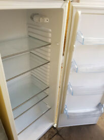 Fridgemaster MTL55249_WH Larder Refridgerator, almost new!