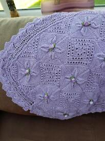 Knitted leaf blanket