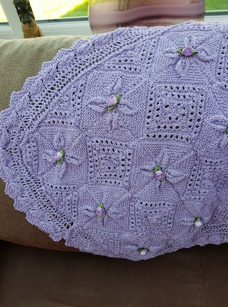 Knitted Leaf Blanket In Jarrow Tyne And Wear Gumtree