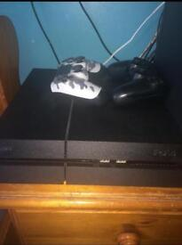 PS4 BLACK OPPS 3 EDITION comes with games.