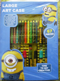 Minions Large Art Case, NEW