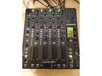 Allen & Heath Xone: DB4 DJ Mixer & Carry Bag