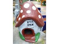 Toadstool House Fairy House Pixie Mushroom 38cm x 32cm Reconstituted Stone Garden Ornament Pick Up