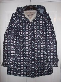 Mantaray Ladies coat, Size 16, Bargain