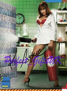 KARI-BYRON-MYTHBUSTERS-SIGNED-AUTOGRAPHED-10X8-INCH-REPRO-PHOTO-PRINT