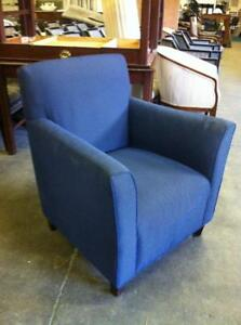 FAUTEUILS --- ARM CHAIRS