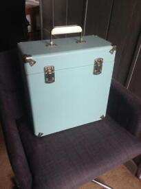"12"" vinyl record retro storage case by GPO - light blue"
