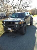 Rare 2009 HUMMER H3T Pickup Truck