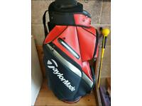 Taylormade 2019 Deluxe Cart Bag Blood Orange and black