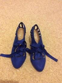 Kurt Geiger Carvela Blue ribbon heels size 38