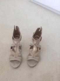 Ladies beige size 5 stiletto sandals