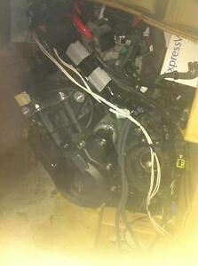 PARTING OUT A 2009 YAMAHA R6R SAME LIKE 08-14 WITH 1000KM Windsor Region Ontario image 5