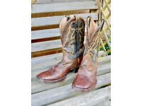 "Men';s UK size 9 1/2 Stetson Hand-made, tooled leather ""Horseman"" western boots."