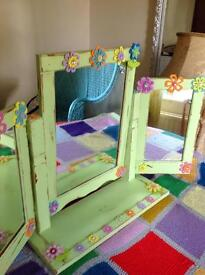 Beautiful Dressing Table Triple Mirror