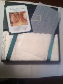 Napkins, Nottingham lace x4 brand new with original box