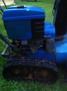 YAMAHA YS624 SNOWBLOWER/THROWER WITH PLASTIC FUEL TANK Windsor Region Ontario image 4