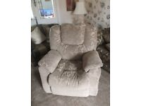 POWER RECLINING ARMCHAIR