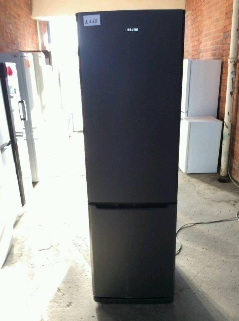 Ex Display A+++ Class Frost Free Tall Siemens Fridge Freezer