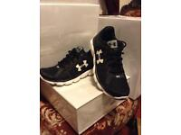 Under Armour Men's trainers UK size 6