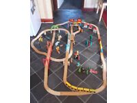 WOODEN TRAIN RAILWAY SET...BRIO 130+ PIECES...LARGE ENGINE HOUSE..BRIDGES & ZOO ANIMALS