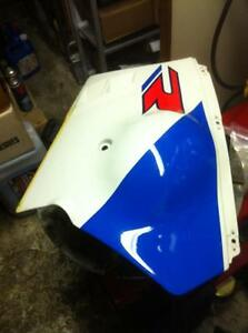 SUZUKI GSXR1100 89 OEM FACTORY LH SIDE LOWER IN VERY GOOD COND Windsor Region Ontario image 1